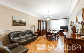 5-bedroom apartment 140 sq.m. in a classic style - 250000 RUR.